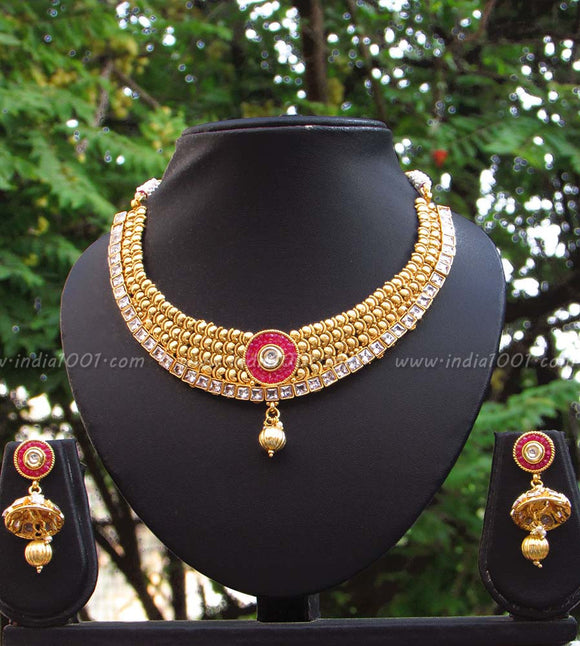 Stunning Kundan and Polki Necklace Set