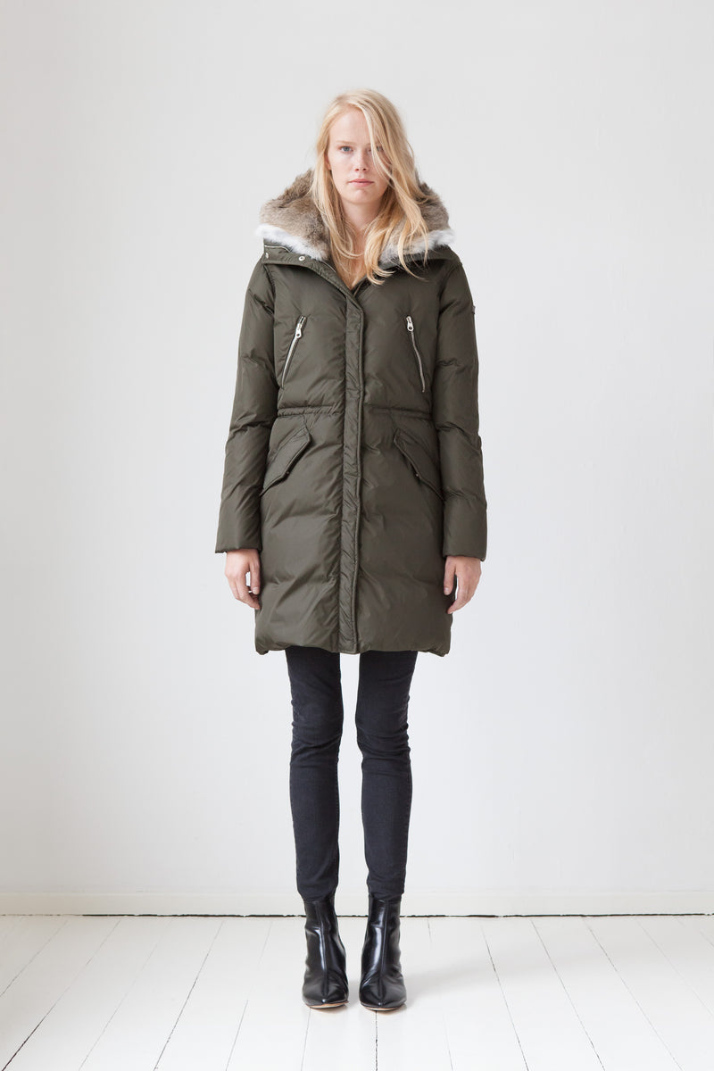 Semi-fitted Down Parka with rabbit fur in olive green
