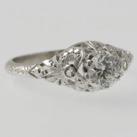 Vintage style detailed diamond ring in white gold