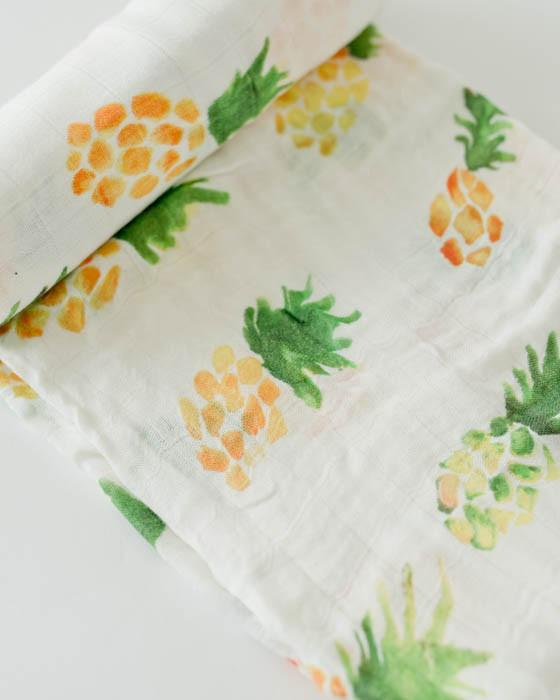Deluxe Swaddle - Pineapple