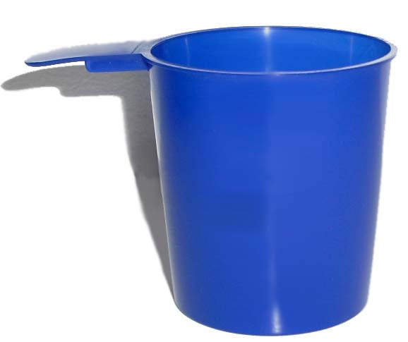 6 oz. round cup in blue.