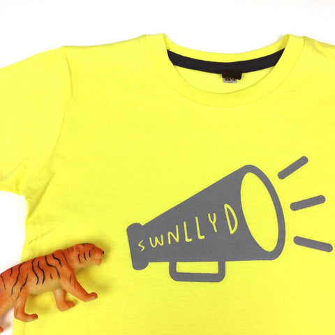 T-shirt - Toddler / Kids - Noisy - Swnllyd - Yellow-The Welsh Gift Shop