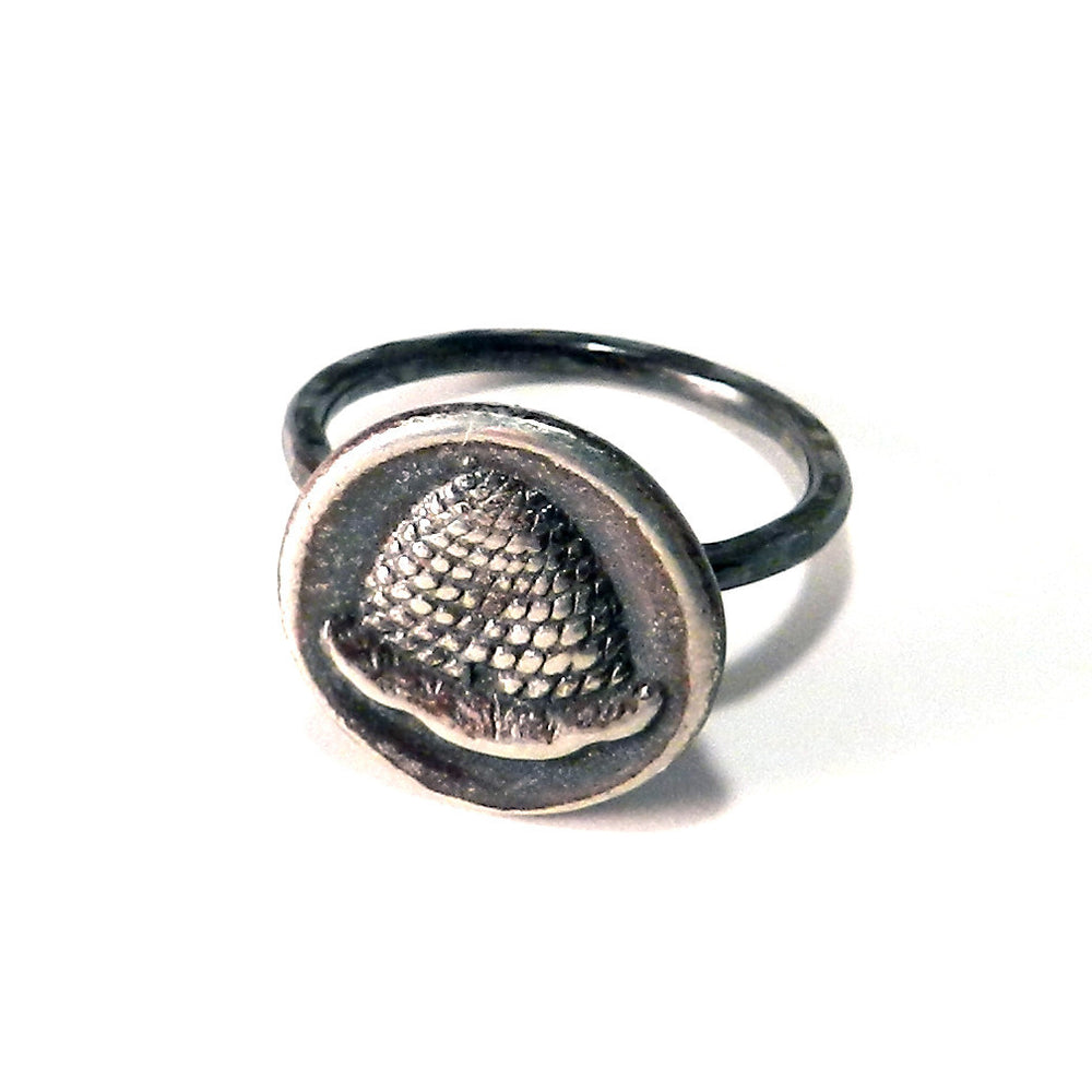 BEEHIVE Antique Button Ring - SILVER