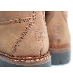 Vintage CHANEL middle high, brown leather boots, hiking lace up boots, with CC mark.  US5.5-6. EU 36. Classic casual shoes.