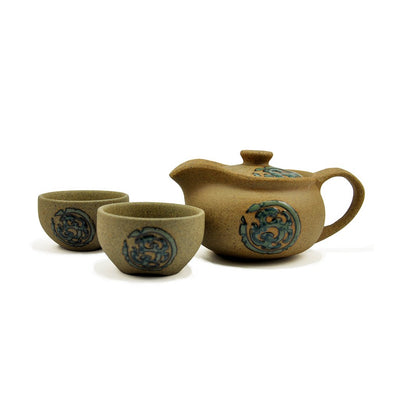 gongfu teapot and cups