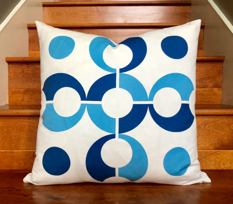 "Pop Dots 20"" Linen Square Throw Pillow - Blue"