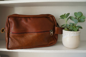 Travel Kit in Brown Leather