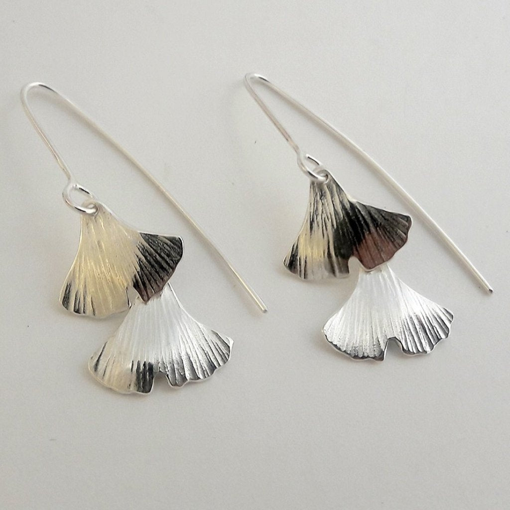 Silver two layered ginkgo leaf earrings