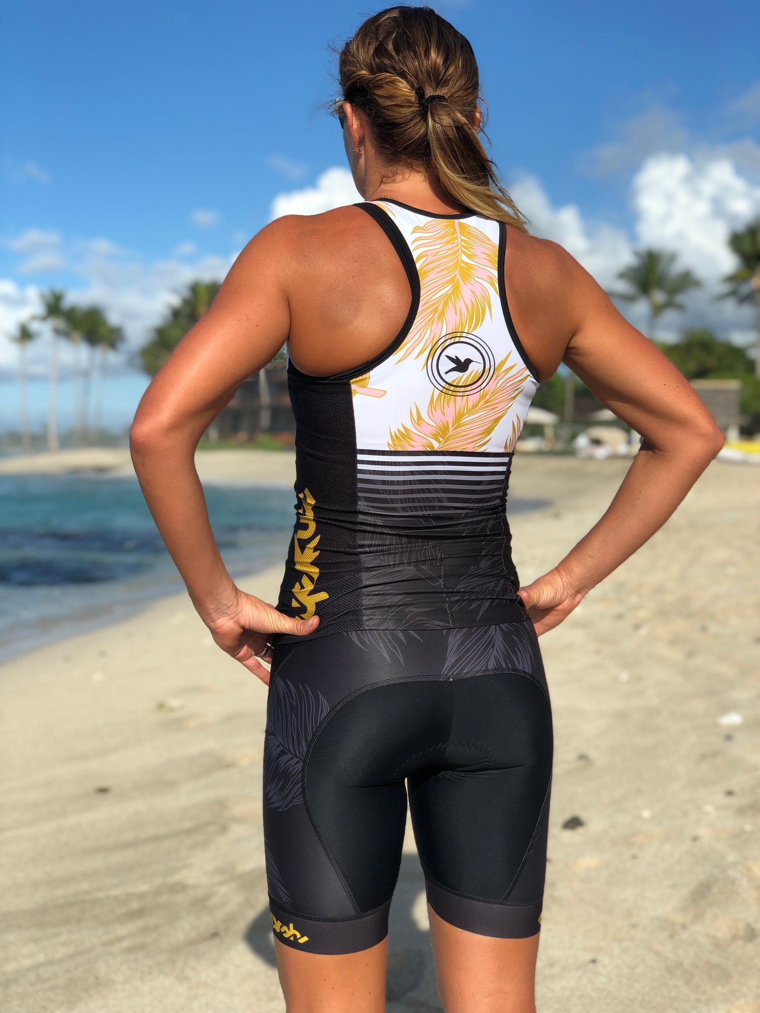 GOLD Tri Top with Zip