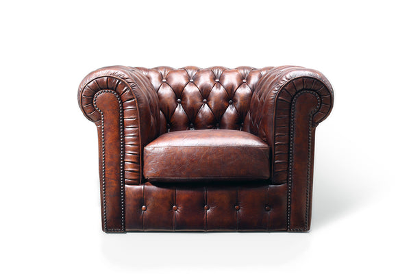 Fauteuil Chesterfield en cuir marron Antique Rose & Moore de face