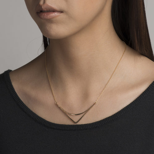 Arc Necklace