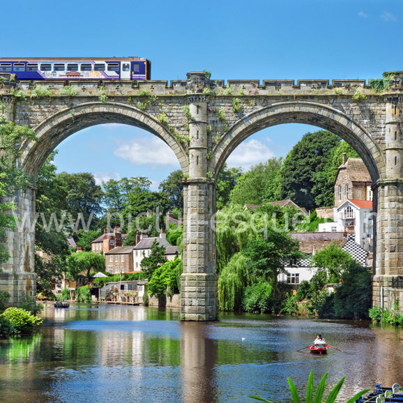 A train crossing the Viaduct in Knaresborough, North Yorkshire