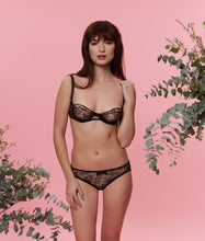 Load image into Gallery viewer, Sarah Brown London Chantilly Lace Balconette Bra