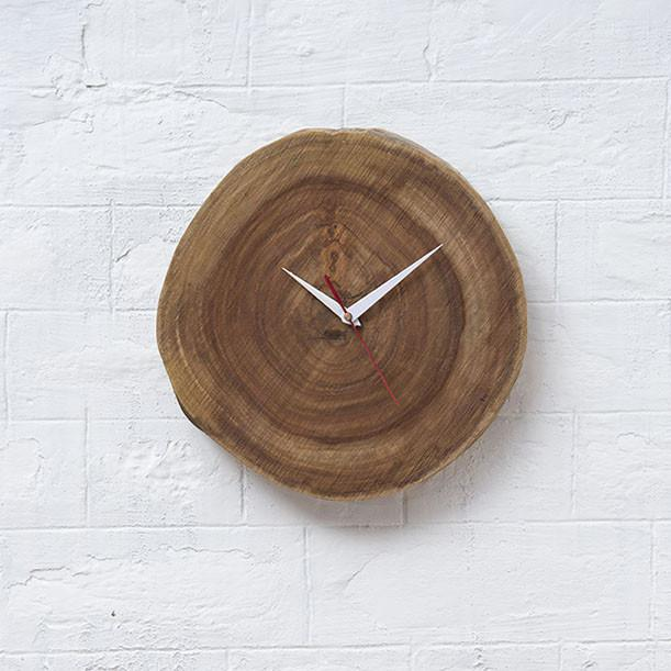 MATTI - Solid Wood Clock