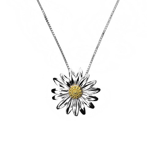 April Daisy Necklace