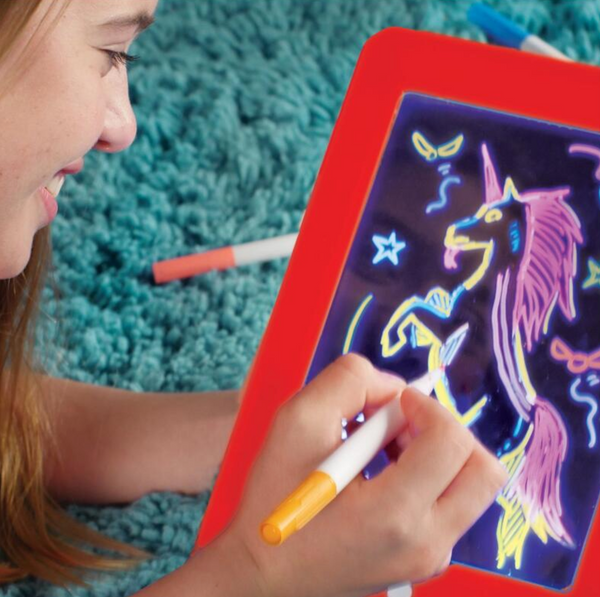 3D Magic Glowing Drawing Board - fun and sparks creativity
