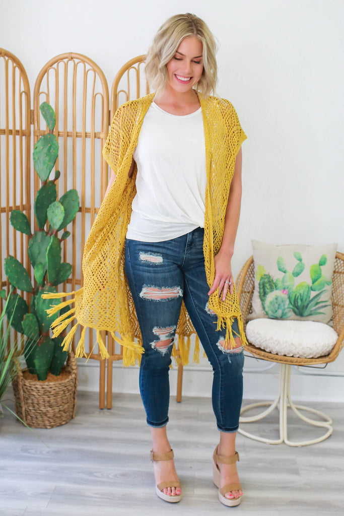 Short Sleeve Knitted Cardigan - Online Clothing Boutique