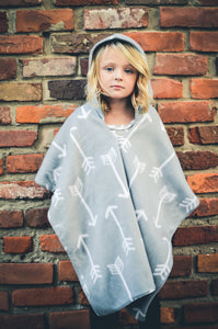 Car Seat Poncho - Car Crash Tested and CPSC Compliant - Gray Arrow