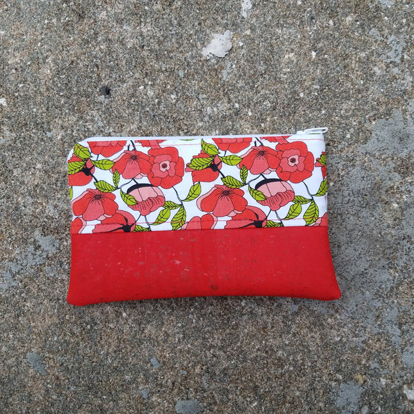 Flat Pouch:: Red Poppy