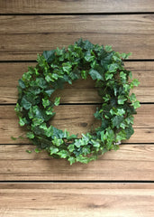 "ITEM 12215 - 14"" FROSTED GREEN ENGLISH IVY WREATH WITH 208 LEAVES"