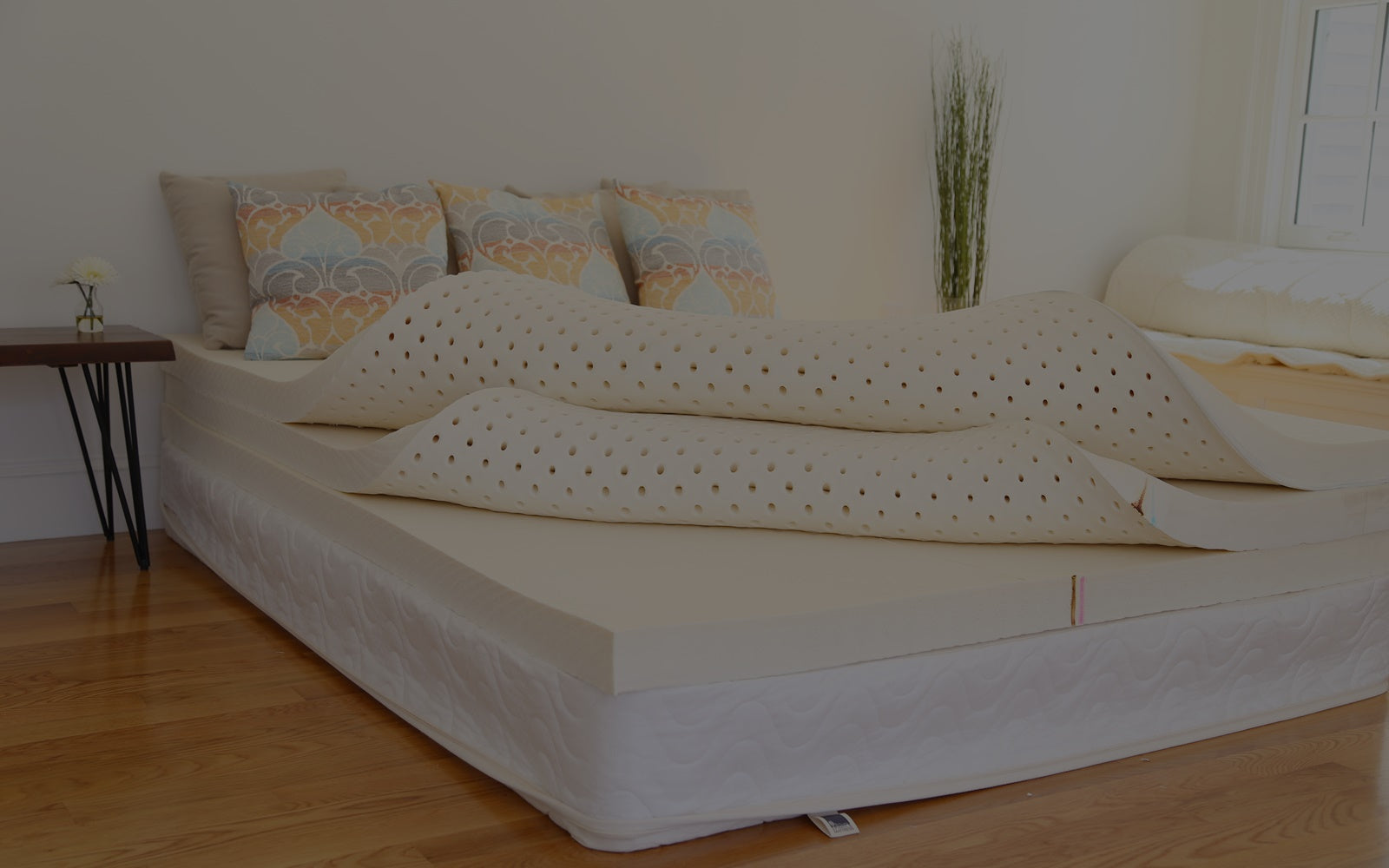 Putting natural latex layers inside of an organic cotton cover to build a Spindle mattress