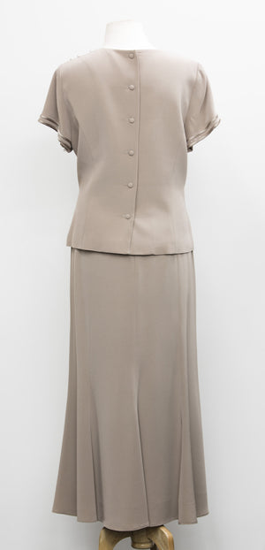 Skirt suits 131
