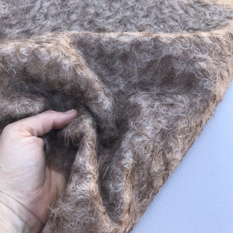 Praline - curly tipped ratinee mohair