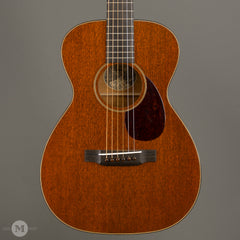 Collings Acoustic Guitars - 01 Mahogany Traditional T Series - Front Close