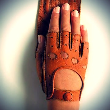 Ines Fingerless Driving Peccary Leather Gloves