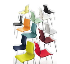Gigi Stacking Chair Chairs Knoll