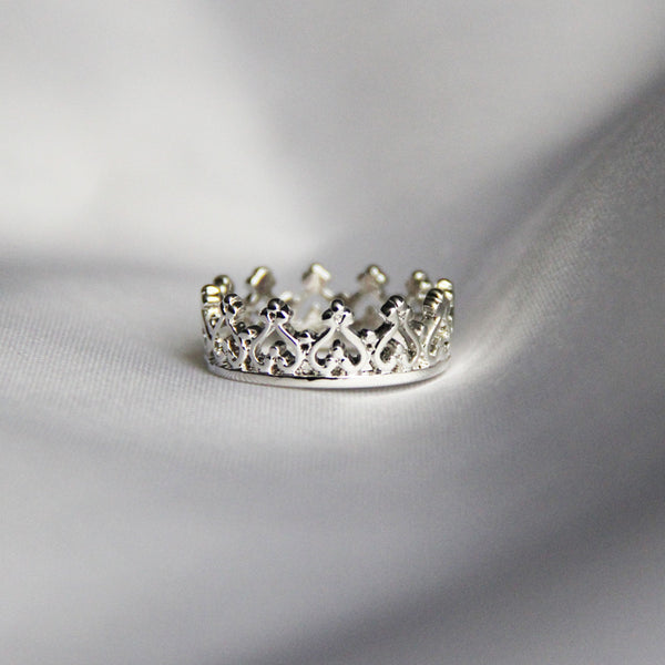women's crown ring