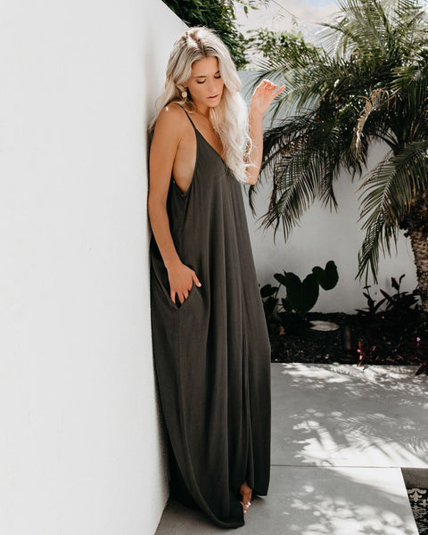 Olivian Pocketed Maxi Dress - Olive