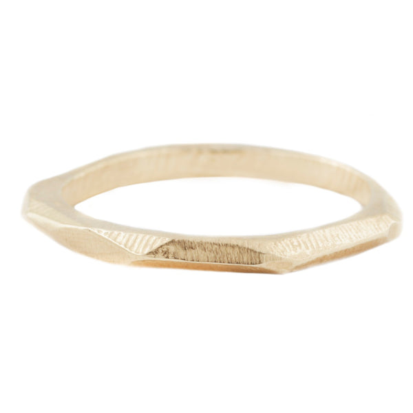 Thick Geometric Stacking Ring