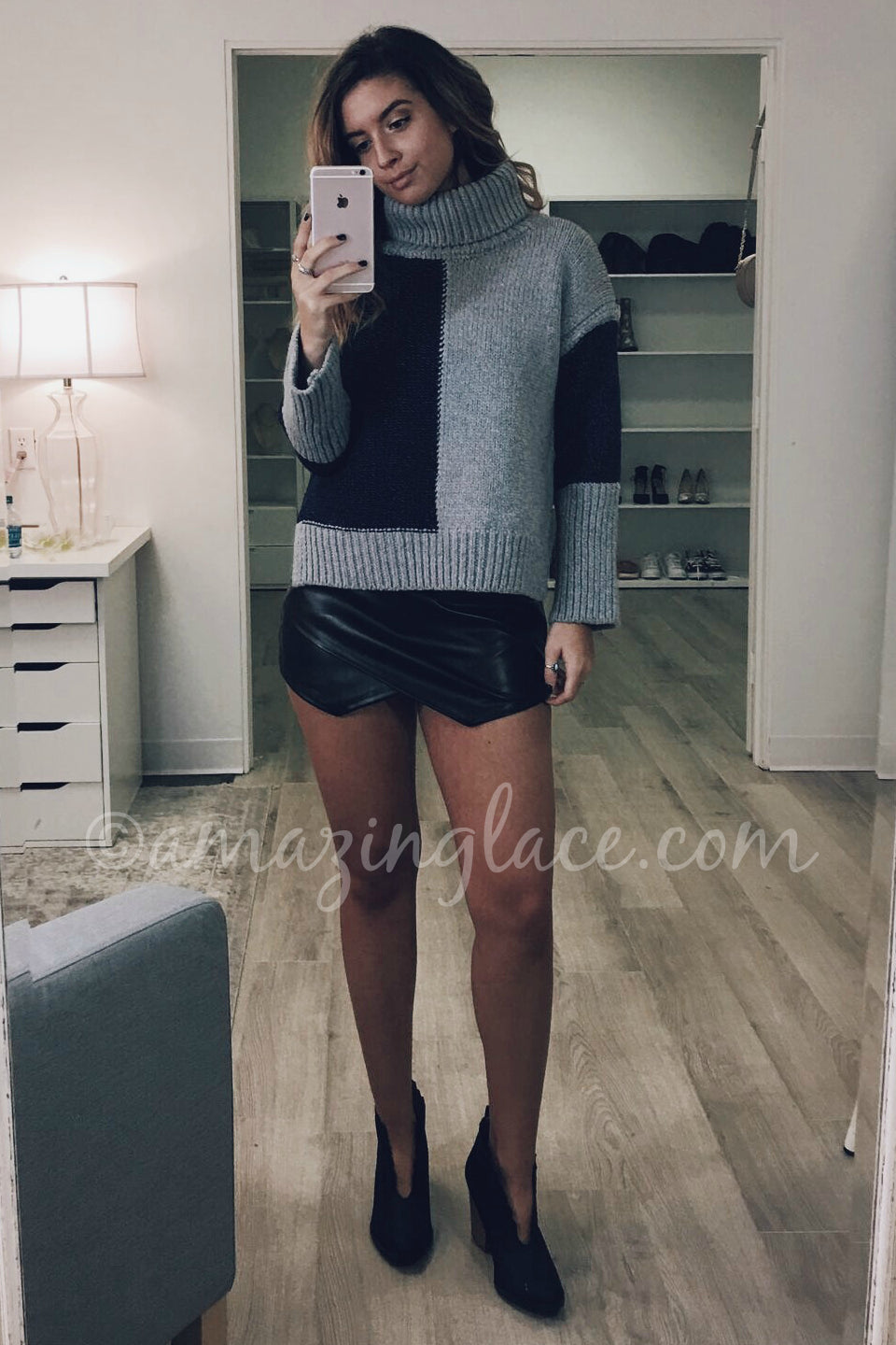 BLUE SWEATER AND BLACK SKORT OUTFIT