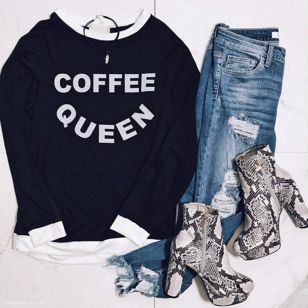 COFFEE QUEEN BLACK AND WHITE TOP WITH JEANS OUTFIT