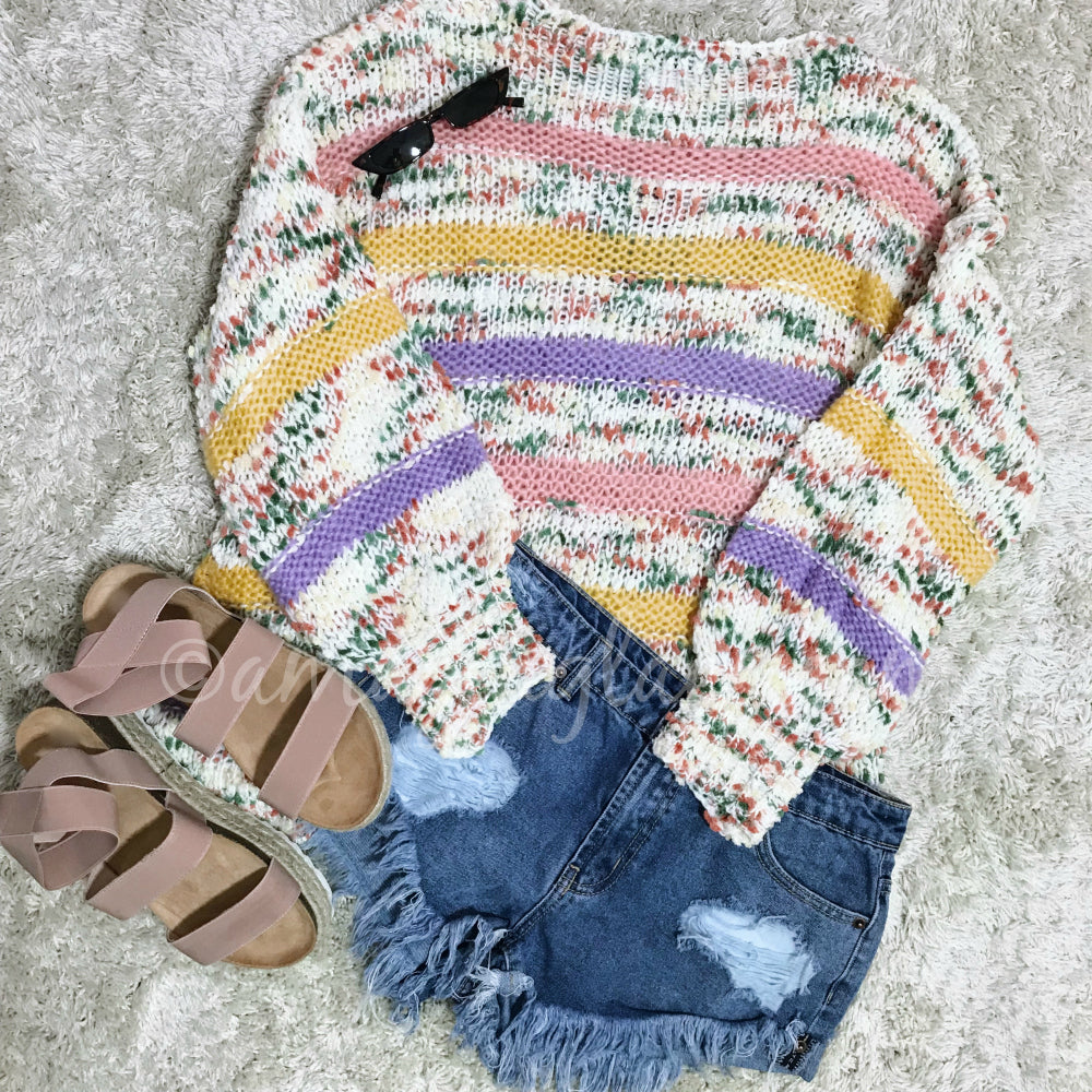 MULTICOLOR YARN SWEATER AND SHORTS OUTFIT