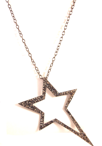 Near and Star Necklace