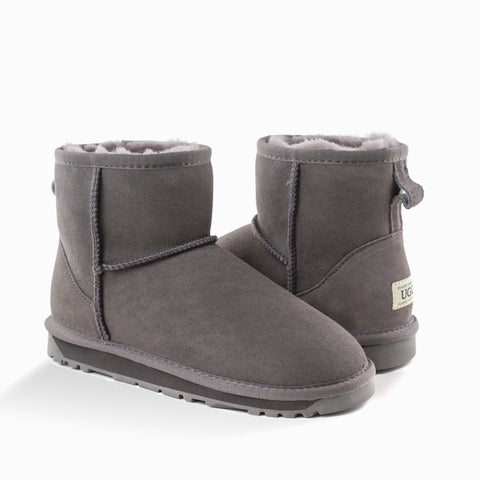 'NEW GENERATION' UGG LADIES CLASSIC MINI BOOTS