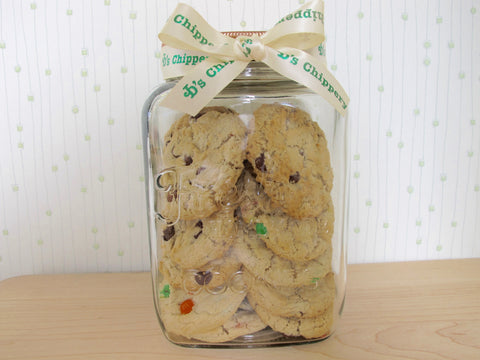 JD's Traditional Cookie Jar with 18 Cookies