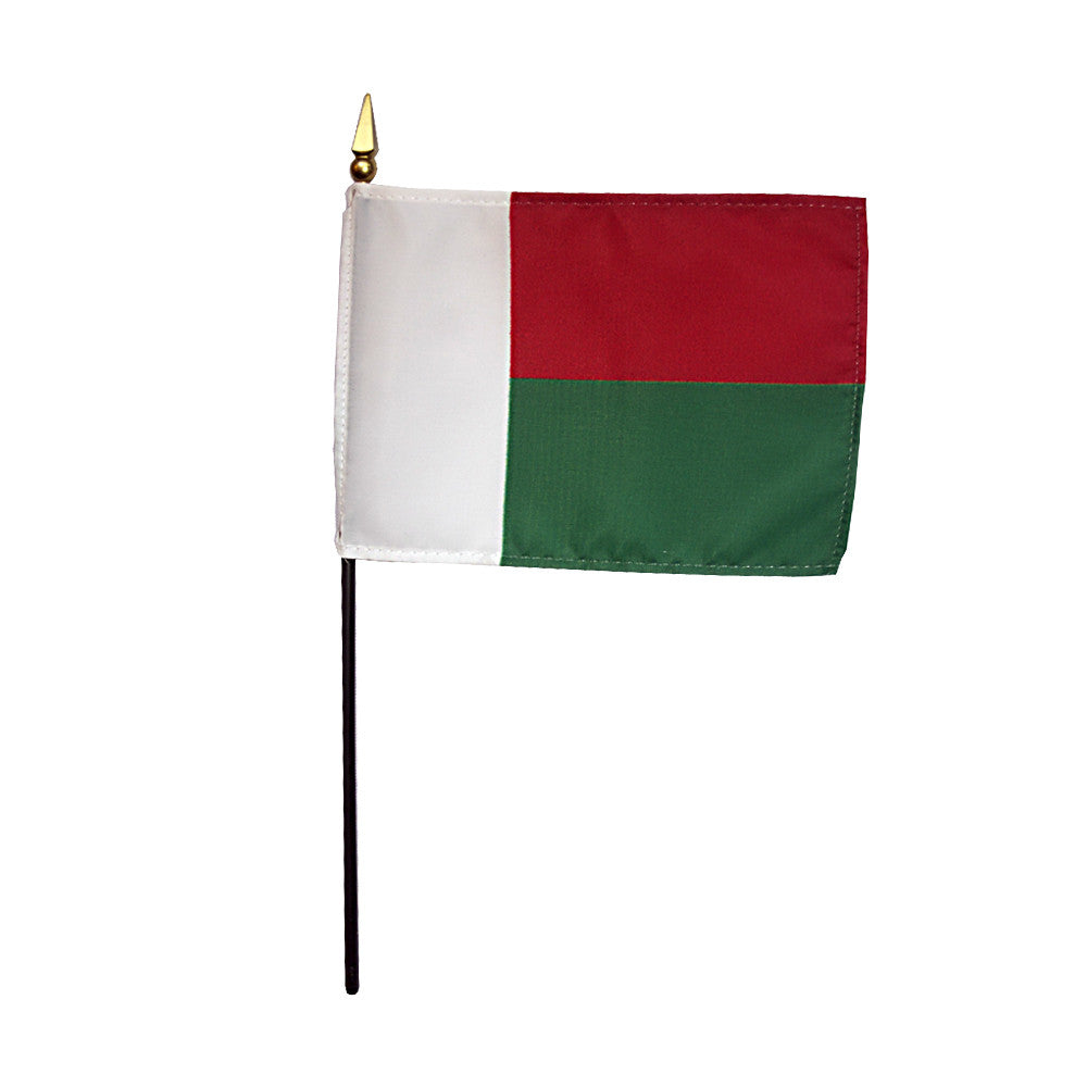 Miniature Madagascar Flag - ColorFastFlags | All the flags you'll ever need!