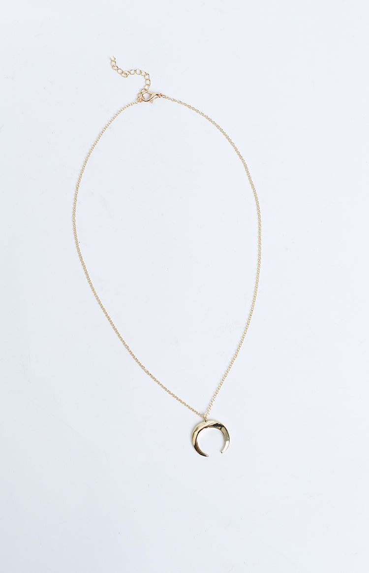 Eclat Crescent Ending Necklace Gold