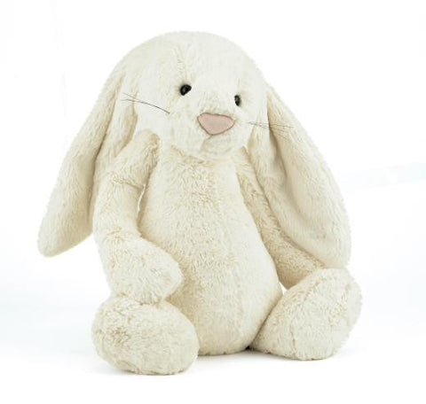 Bashful bunny - medium cream