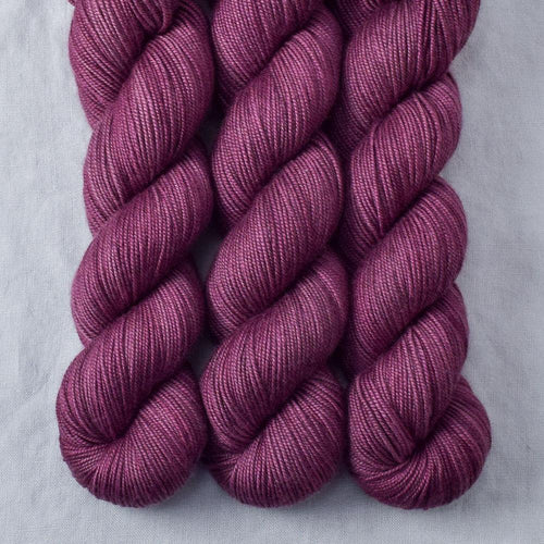Plum - Miss Babs Kunlun yarn