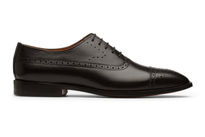 Toecap Oxford with Medallion-B
