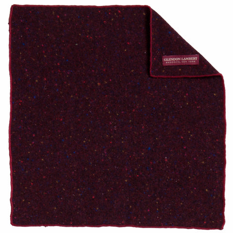 BRIGHT LIGHTS FLECKED WOOL POCKET SQUARE: MAROON