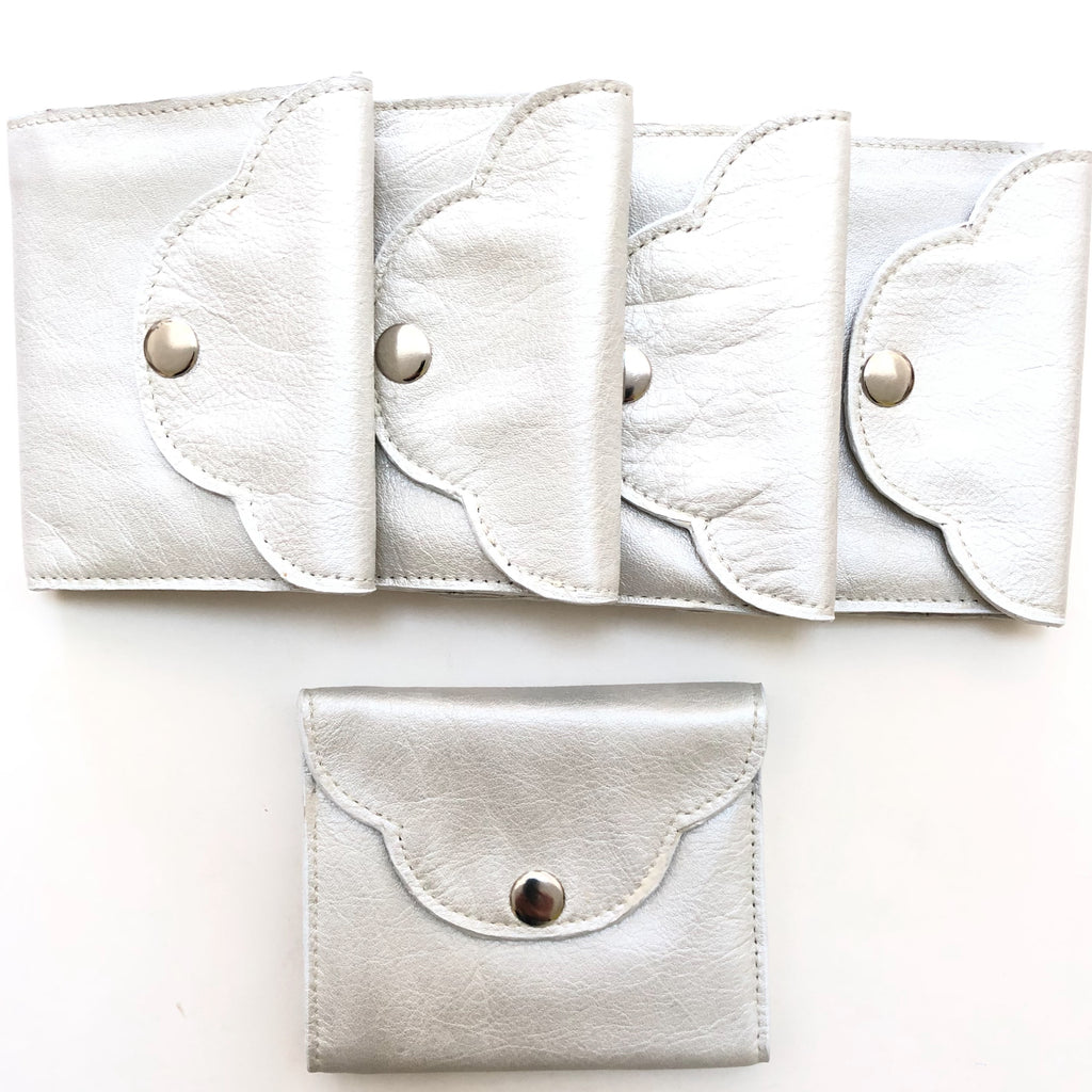Handmade Leather Scalloped Wallet