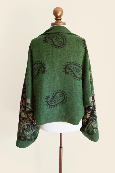 Eau De Emerald Sleeved