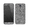 The Grayscale Flower Petals Skin For the Samsung Galaxy S5