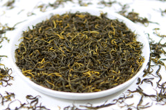 Tray of loose leaf high mountain black tea from fujian china