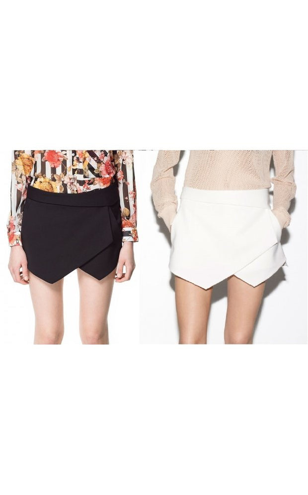 Bloggers Love Mini Skort Shorts In Black